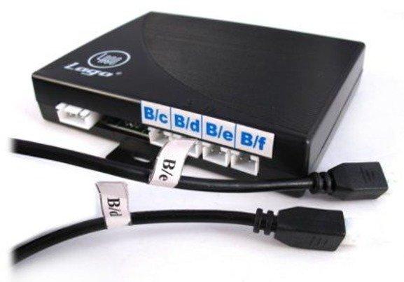 Czujniki cofania CP11M4W 4 sensory 18mm ze złączami serwisowymi + wyświetlacz LED